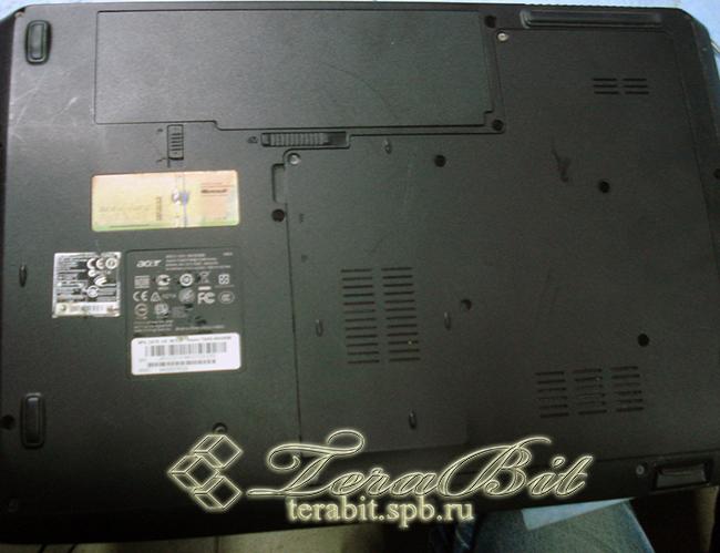 Начинаем раборку ноутбука Acer Aspire 7540G
