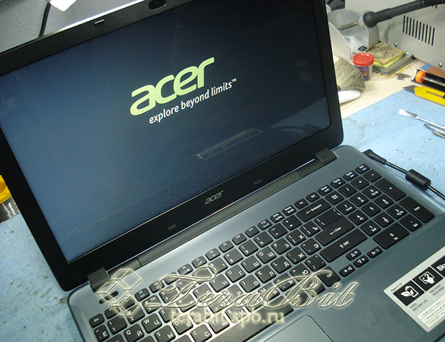 Ноутбук Acer Aspire E5-571G с новой матрицей.